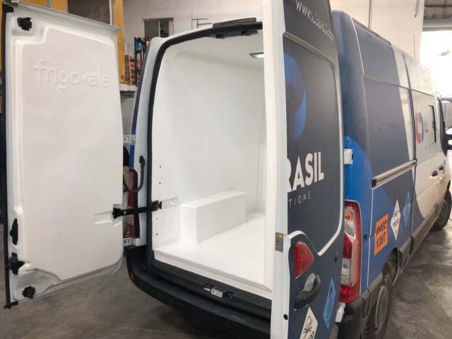 Isolamento térmico e refrigeração para vans